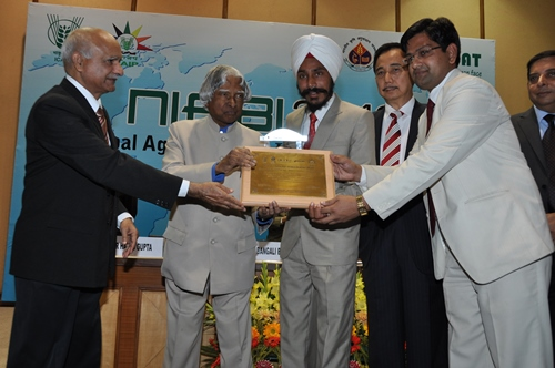 The Best Agri-Business Incubatee award was won by Mr Gurubagh Singh of All India Development Trust (incubatee of ZTM-BPD, IVRI)
